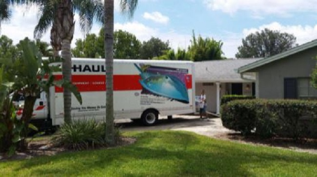 """""""Best USA Movers Orlando"""" Truck"""
