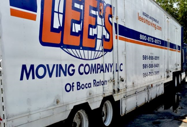 """""""Lees Moving Company"""" Truck"""