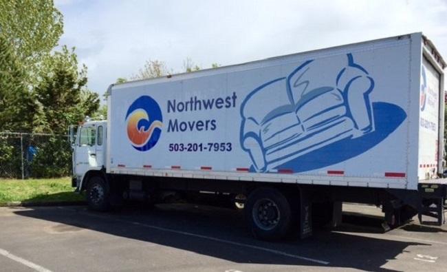 """Primetime Movers Portland"" Truck"