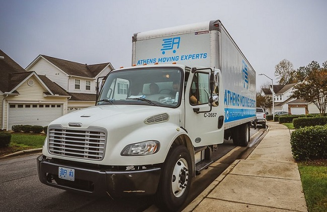 """""""Athens Moving Experts"""" Truck"""