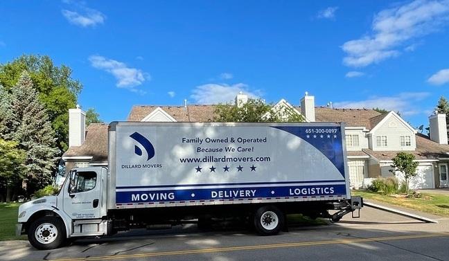 """""""Dillard Movers"""" Truck"""