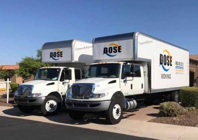 """""""Dose Moving And Storage"""" Truck"""