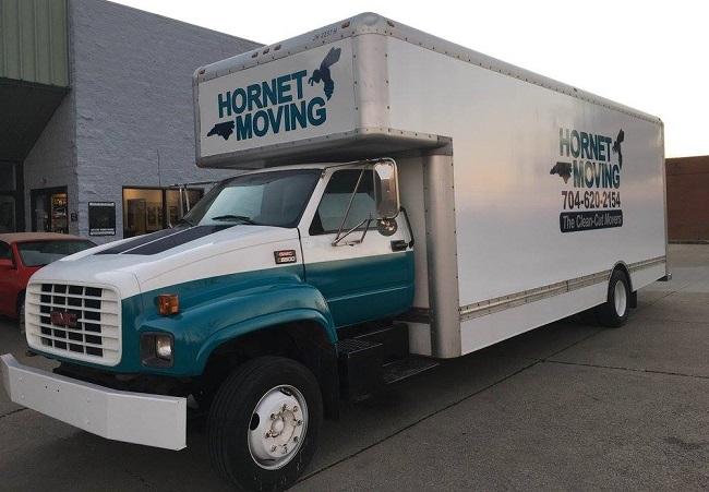 """""""Hornet Moving"""" Truck"""