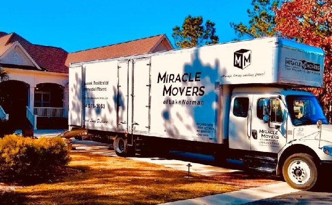 """""""Miracle Movers"""" Truck"""
