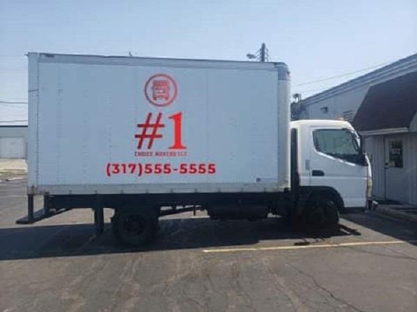 """1 Choice Movers LLC"" Trcuk"