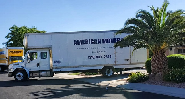 """""""American Movers"""" Truck"""