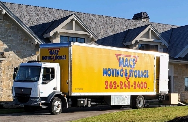 """""""Mac's Moving and Storage"""" Truck"""