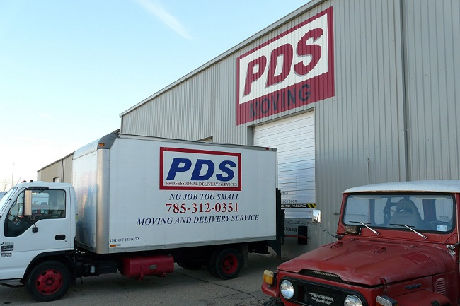 """""""PDS Moving Delivery & Storage"""" Truck"""